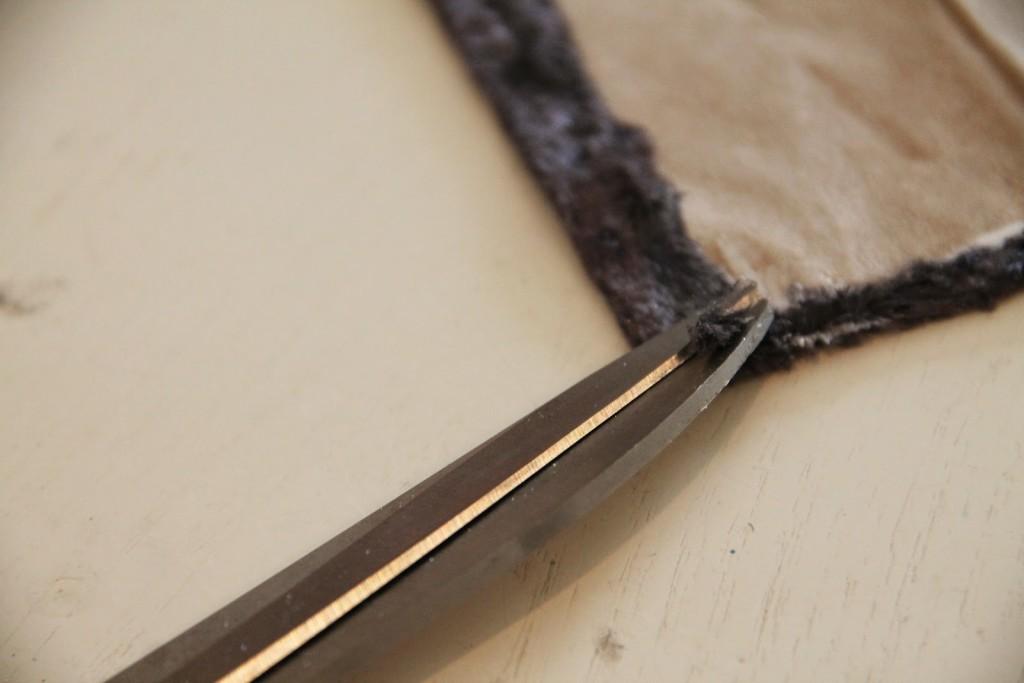 Как обклеить бархатом внутреннюю часть шкатулки